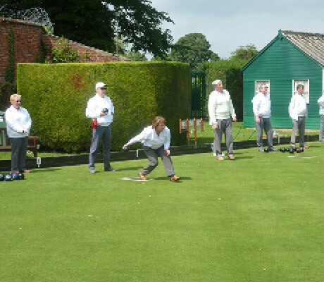 Bourne Town Bowls Club - supporting the community during COVID19